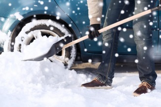 https://snowremovalbrockton.com/wp-content/uploads/2018/12/Brockton-snow-removal-car-snow-removal.jpg